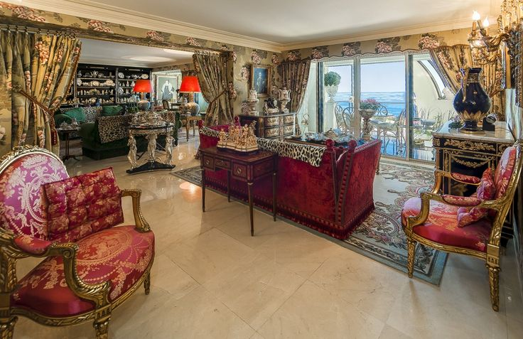 Um duplex em #Cannes que deixa todas as gerações de boca aberta...  #amazing #luxuryapartment #summer http://br.luxuryestate.com/p22132601-duplex-em-venda-cannes