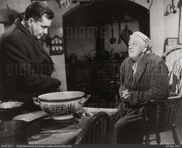Margaret Rutherford and Charles Tingwell in Murder Most Foul