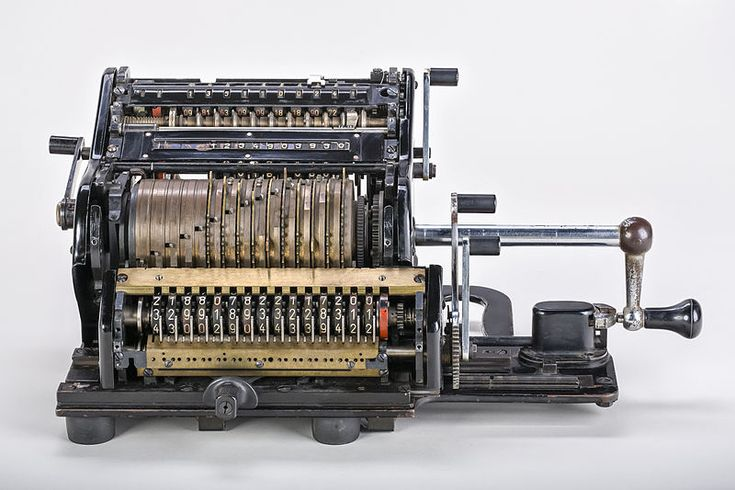 800px-Mechanical-calculator-Brunsviga-15-01.jpg (800×533)