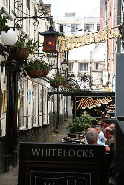 Whitelocks, the second oldest pub in Leeds..Founded in 1715 as the Turk's Head, before being taken over by the 'Whitelock' family in the 1880's..