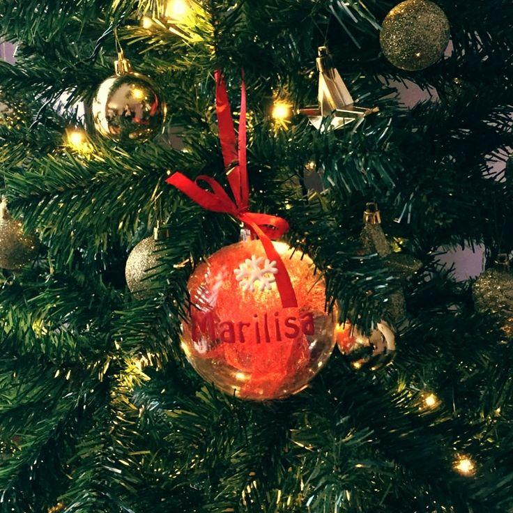 ...e con la pallina della mia principessa 👸🏼 il nostro albero di natale 🎄 è completo 😍 #alberodinatale #christmastree #natale #christmas #decoration #christmasdecorations #marilisa #babymarilisa #myprincess #mybaby #homemade