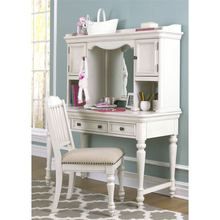 Lawrence Pulaski Madison Youth Desk with Hutch and Chair (Color: White)