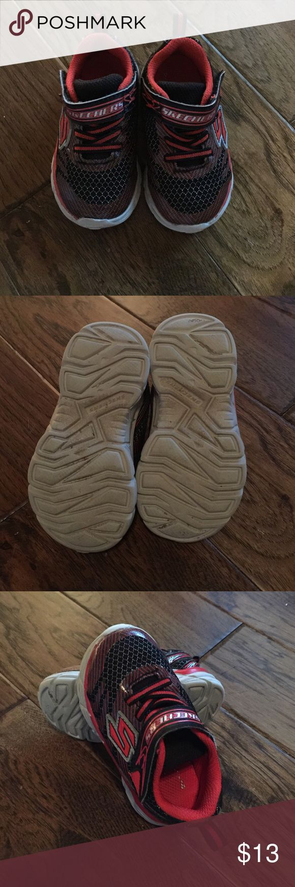 Skechers shoes In good condition. They are so easy to put on and take off. Very comfortable. My kid loves them. Skechers Shoes Sneakers