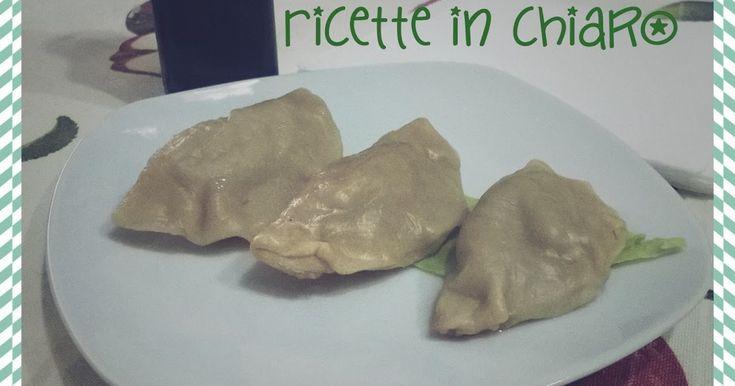 I ravioli al vapore sono un antipasto cinese da proporre sia per un pranzo con gli amici che al buffet per una festa.