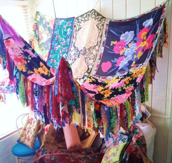 Boho Bed canopy Bohemian Rose wedding Hippy vtg scarves Gypsy hippie Hippiewild Decor curtain photo backdrop Fringe floral flowers
