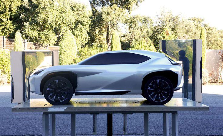 Przeniesienie SUVa z segmentu C, do miejskiego środowiska - tak pokrótce projektanci UXa mówią o zadaniu, jakie dostali od Lexusa. Miało być solidnie, z miłą dla oka bryłą. Grupa ED2, centrum designu Toyoty, zadanie wykonała śpiewająco. http://exumag.com/rozejrzyjmy-sie-wokol-koncepcyjnego-lexusa-ux/