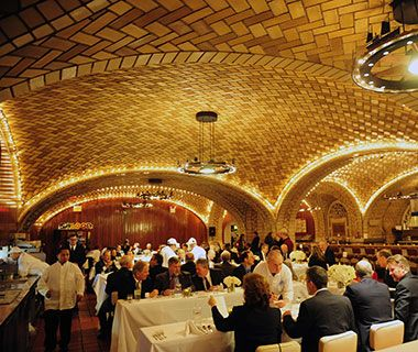 Grand Central Oyster Bar, New York City - Best Oyster Bars in America ~ #Plan2Travel #NYC