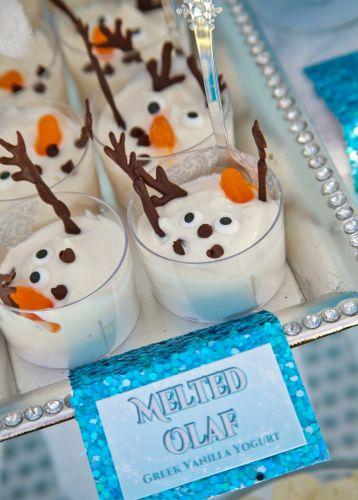Original tip para comida|aperitivo de una fiesta temática Frozen. Tus invitados se quedarán de hielo. #Frozen #fiestadecumpleaños