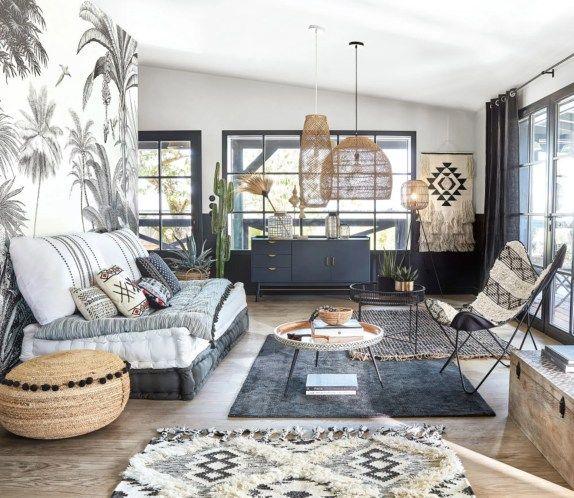 Staycation La Decoration Pour Prolonger Les Vacances A La Maison Deco Maison Deco Salon Table Basse Bois