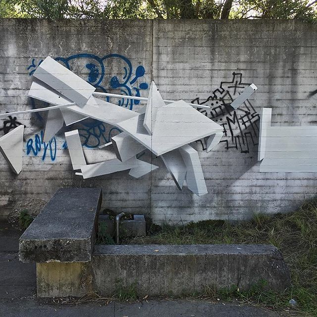 SODA august 2016 - detail  Wall documented by @so.lokiss for the book 'Graffiti Writing Expressions Manifestes' ed. Hazan Available here: https://www.amazon.fr/Graffiti-Expressions-Manifestes-que-street/dp/2754109498  #soda #graffiti #sodagraffiti #art #3d #3dart #3dartist #3dgraffiti #postgraffiti #abstract #abstractart #abstractartist #abstractgraffiti #future #futurism #graffuturism #geometrizm #architecture #technical #drawing