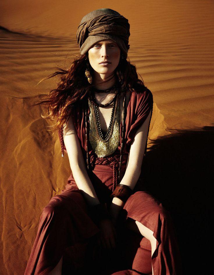 ilva hetmann by sam bisso for elle germany june 2012, desert, fashion editorial