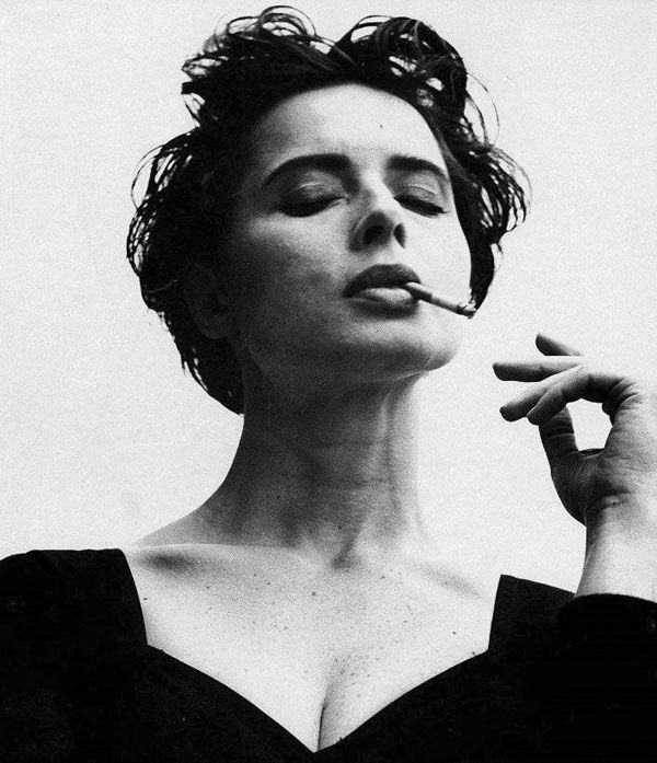 Isabella Rossellini - Gets more beautiful with age.