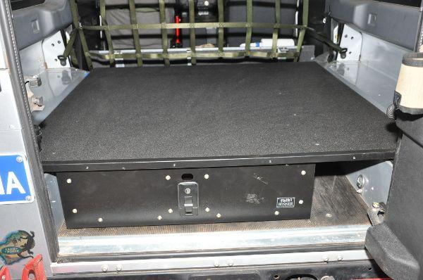 LR Defender TDi-TD5 Draw - Dolium Pty Ltd