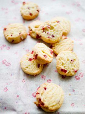 「いちごの粒ジャムクッキー」sachi | お菓子・パンのレシピや作り方【corecle*コレクル】