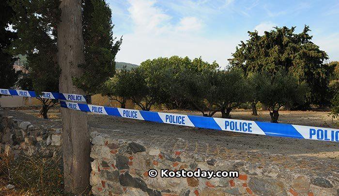 Οι βρετανοί αστυνομικοί λένε ότι τους έχουν υποδειχθεί νέα σημεία όπου ο «Ντίνο» Μπάρκας πετούσε μπάζα πριν από 25 χρόνια