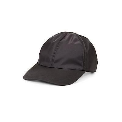 €802, Gorra Inglesa Gris Oscuro de Prada. De Saks Fifth Avenue. Detalles: https://lookastic.com/women/shop_items/42812/redirect
