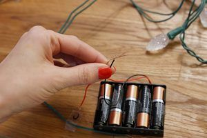 How to Make Battery-Powered Christmas Lights   eHow