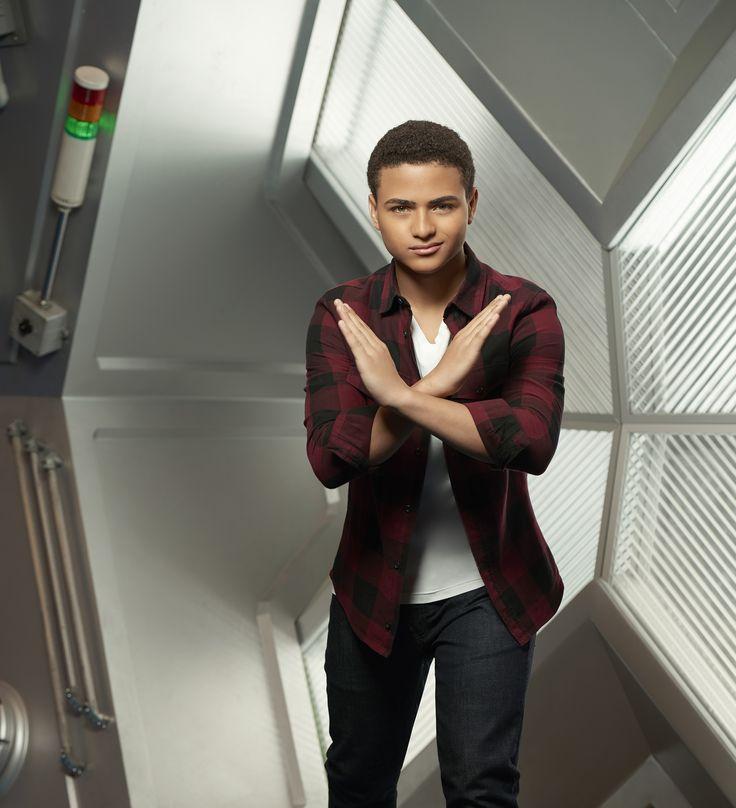 MECH-X4″ Star Nathaniel Potvin Teases Season One   TEENPLICITY
