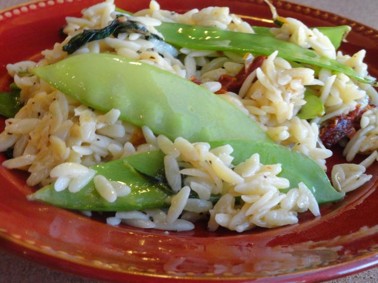 Orzo w/ Snow Peas, Spinach & Sun-Dried Tomatoes