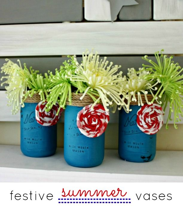 Festive Summer Mason Jar Vases make fun home decor ideas for the outdoors. |  View From The Fridge