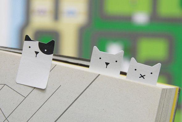 Que adorável :) #cats #books http://bicho-das-letras.blogspot.pt/2016/05/acessorios-de-escrita-adoraveis-para-os.html