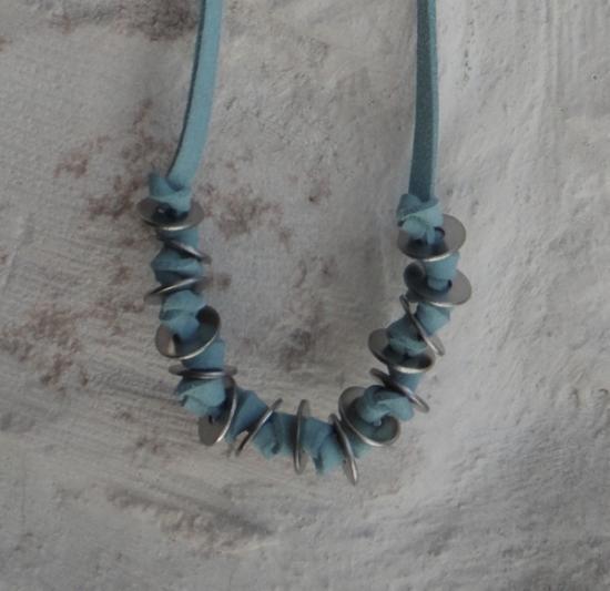 http://it.artesanum.com/artigianato-collana-36825.html