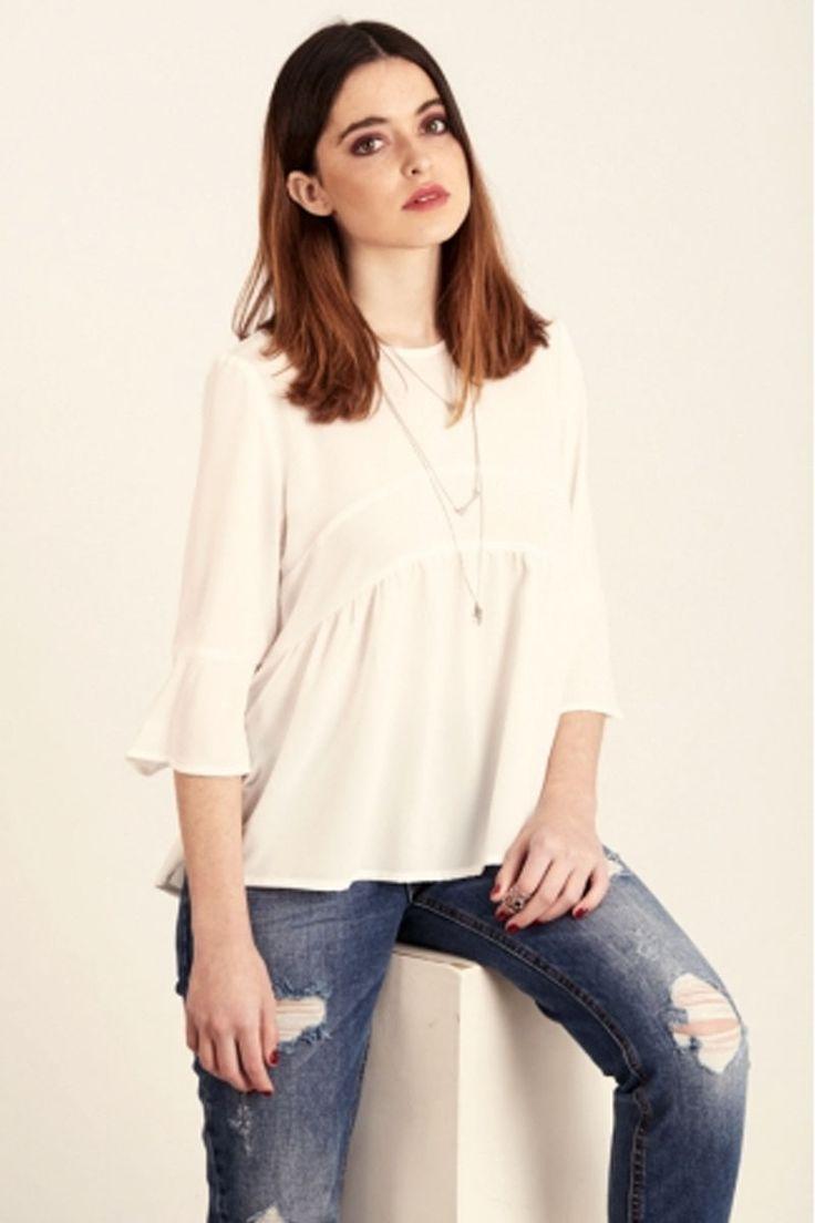 Tiempo para ir más guapa cada día. Descubre la nueva camisa. Ver ▶ https://regalva.com/cam #ropa #moda #tendencias #rosa #camisa #blogger #outfit #mujer #valencia