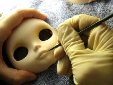 Blythe Lip Carving - YouTube