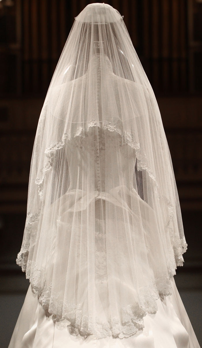 Kate Middleton's wedding dress. Designed by Sarah Burton ...
