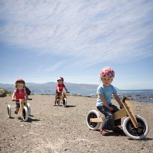 Wishbone Bike - Vélo de marche et Porteur en bois | Towertoys.com