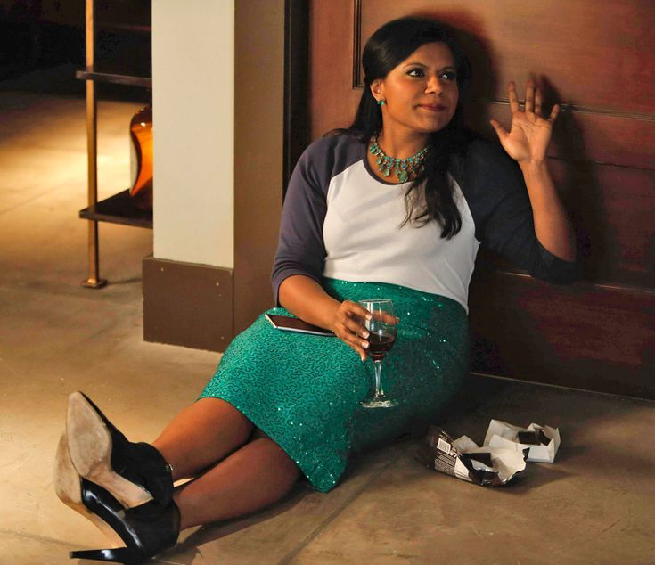 Wine and Chocolate from All of Mindy Kaling's Looks in The Mindy Project's Romantic Season 2 Finale | E! Online