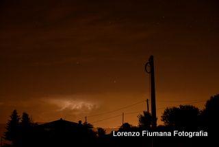 Temporale in lontananza con cielo stellato. By Fiumana Lorenzo