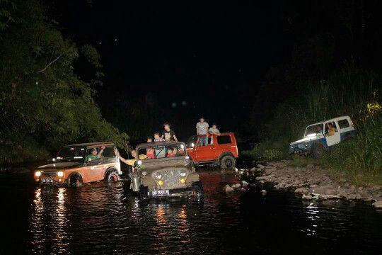 Water n jeep
