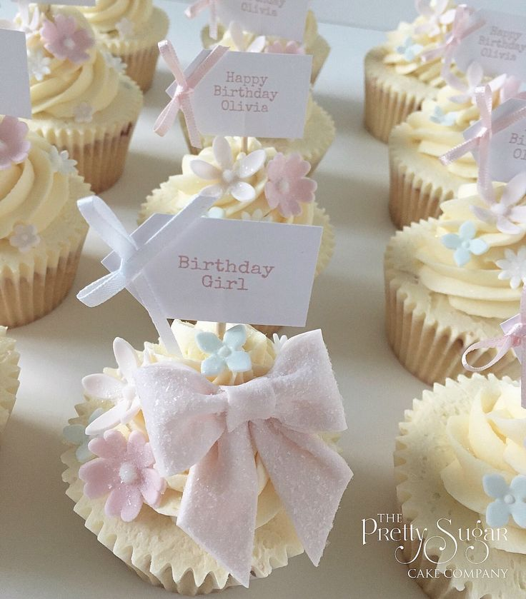 Pretty sparkly bow pastels birthday cupcakes