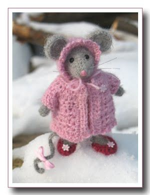 Knitting Patterns For Christmas Mice : Best 20+ Knitted Coat Pattern ideas on Pinterest Coat patterns, Knit jacket...