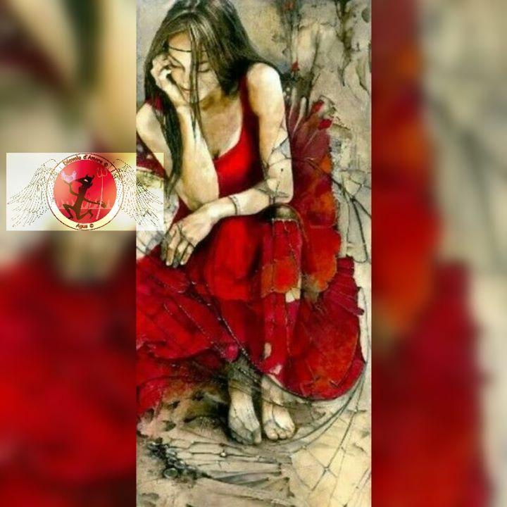 Pazzia  Mi giro e mi rigiro non trovo pace non riesco a dormire Quelle parole come macigni colpiscono il mio corpo la mia anima il mio pensiero e il mio cuore. Distrutta mi abbandono su questo letto che accoglie inerte il mio corpo afflitto dal dolore Guardo con occhi sbarrati il soffitto e urlo urlo il mio sgomento Mi alzo non trovo pace vedo la mia immagine riflessa nello specchio e urlo odio cio che vedo prendo la bottiglietta di profumo e la lancio contro quellimmagine di donna orribile…