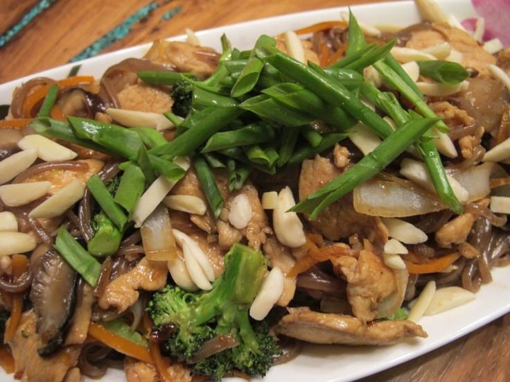 ****  chicken and broccoli stir fry with slivered almonds and green onion on a bed of king soba noodles - approved