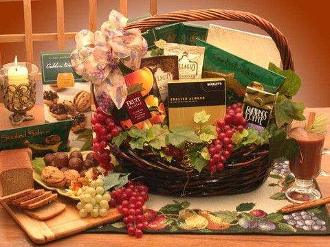 Buy amazing Gift Basket Ideas for Valentine's Day for your special friend within your affordable cost from GWT Gift Baskets.