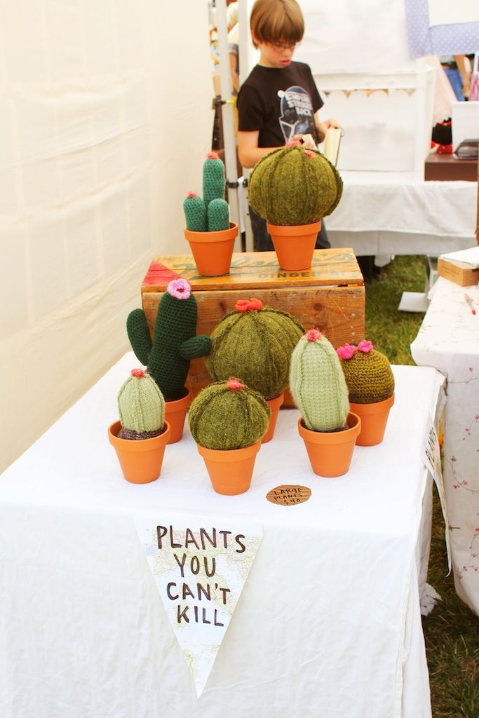 Felt Cactus...cute gift for the friends that don't have a green thumb...
