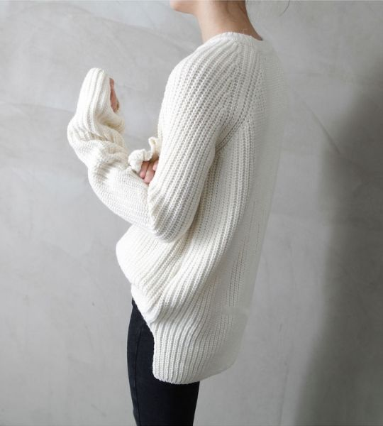 minimalist goods delivered to you quarterly @ minimalism.co #design #minimal #style