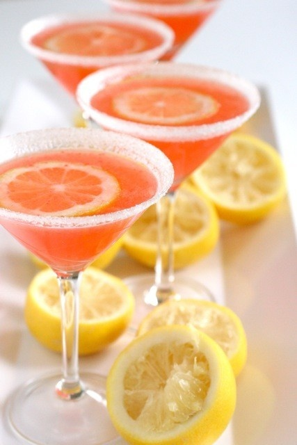 pink lemonade martinis! these demand a girls night.