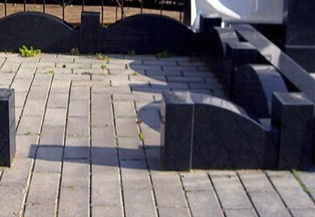 Цоколь на могилу из гранита, литьевого мрамора - цены на гранитный цоколь, гранитную ограду