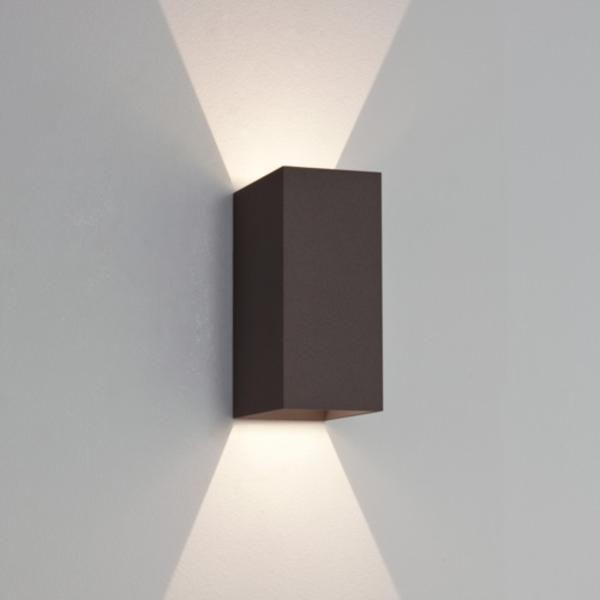 Best 25 exterior wall light ideas on pinterest for Applique exterieur up down