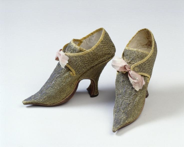 Shoes, c. 1720. Germanischen Nationalmuseum Nürnberg