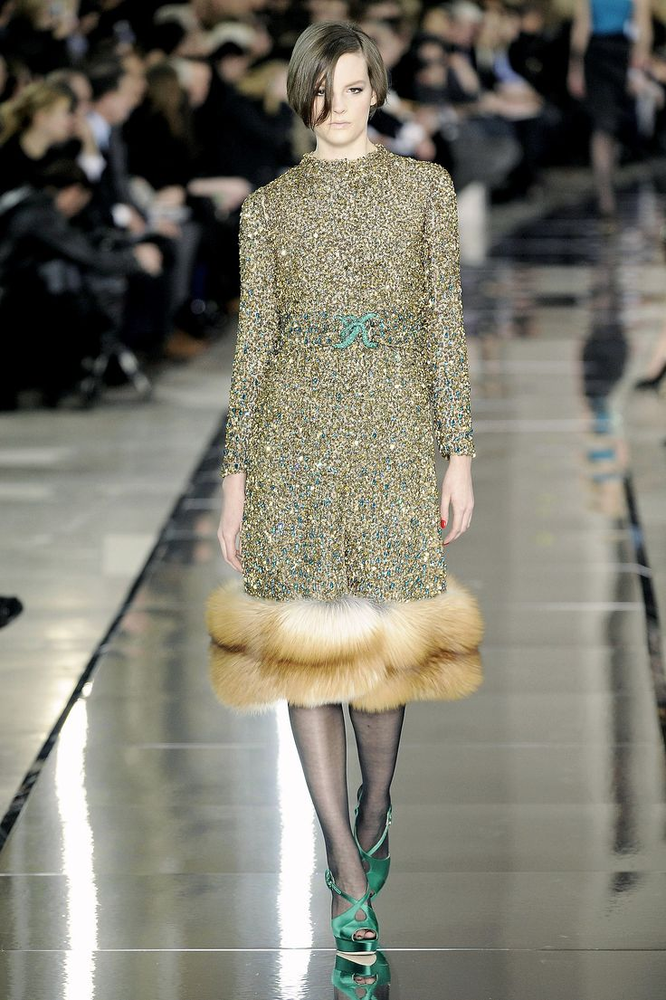 Valentino Fall 2009 sparkly coat whit fur