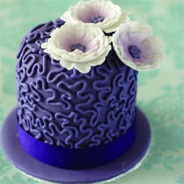 41 best mini cakes images on Pinterest Mini cakes Mini birthday