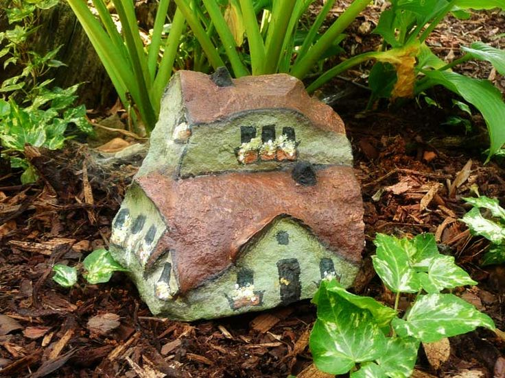 Whimsical Gnome Homes From Ordinary Rocks