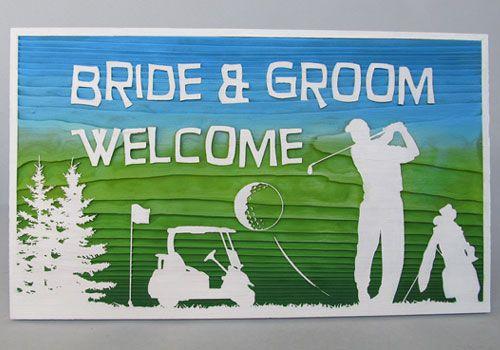 晴れた空の下、大自然に囲まれたコースで気持ち良さそうにショットを放つゴルファーを描いたデザイン。 #ゴルフ #ウェルカムボード #wood  #sign #wedding #golf