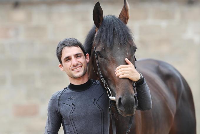 Maxim Pecheur mit Derbysieger Windstoß
