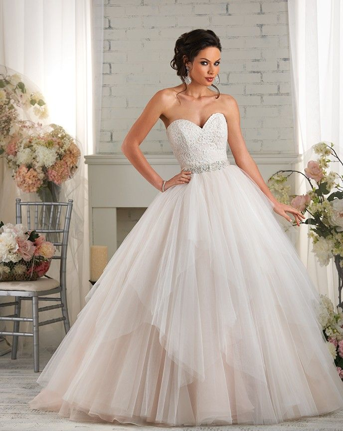 Ivory/Champagne Bonny bridal gown - skirt can be completely removed! #bridalisle